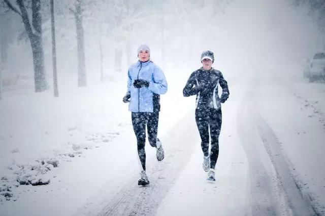冬天慢跑運動 對於體重控制效果更佳